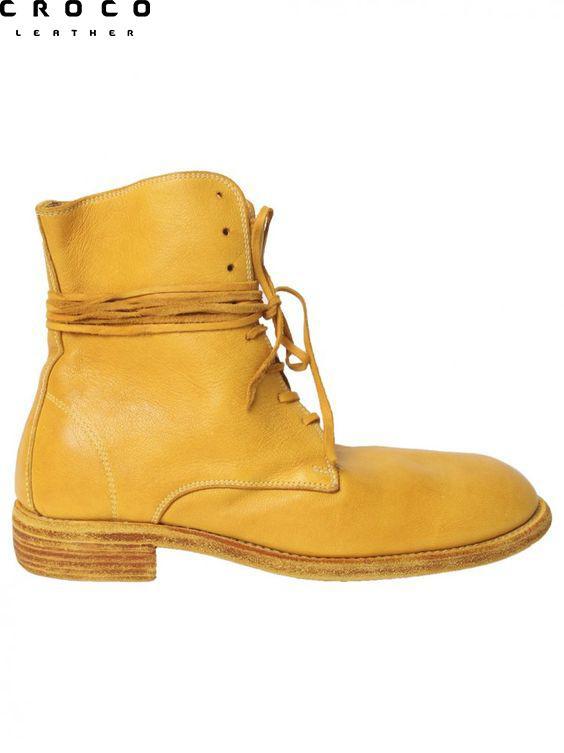 بوت و نیم بوت چرم یکی از بهترین انتخاب ها برای خرید کفش چرم زمستانی هستند
