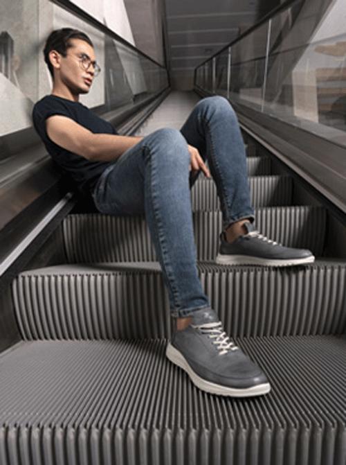 خرید کفش اسپرت مردانه یکی از چالش برانگیز ترین انتخاب های اقایان است.