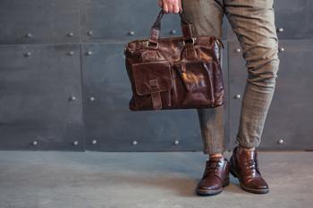 فروش بهینه و بی نظیر با وجود نمایندگی های کیف و کفش چرم